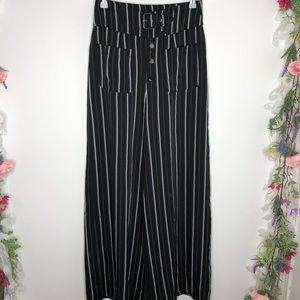 Gracia high waist black, white striped pants